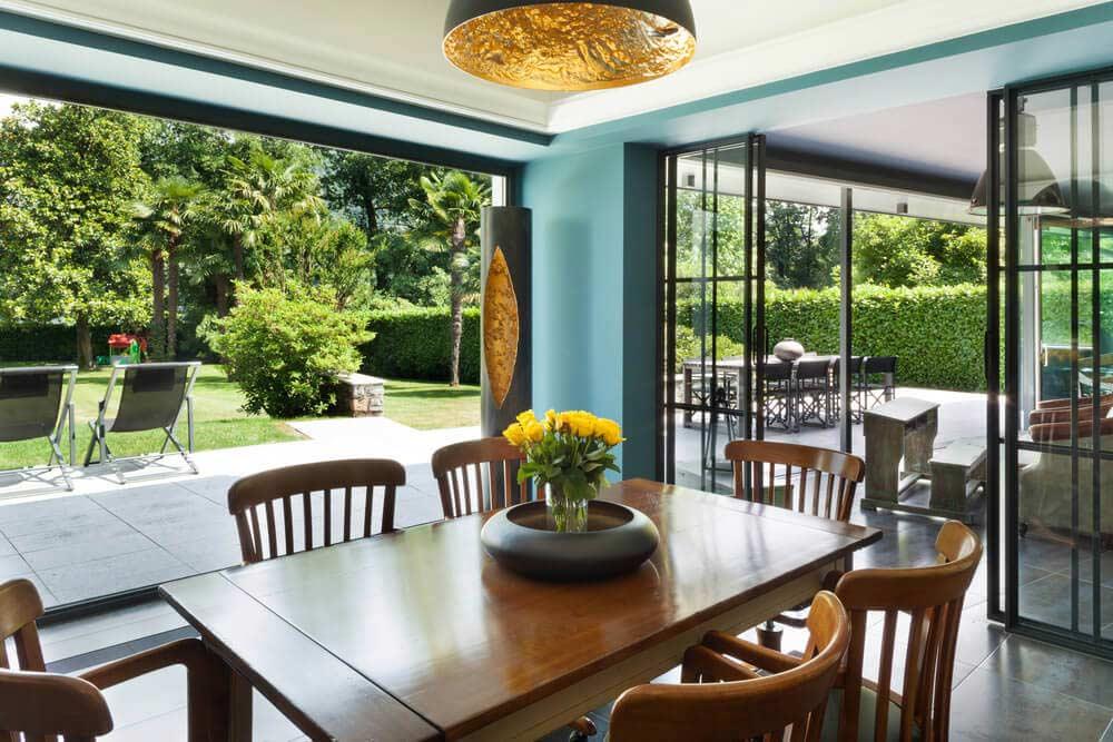 veranda verriere verrire et veranda rennes arehal vranda et verrire luancienne sur mesure en. Black Bedroom Furniture Sets. Home Design Ideas